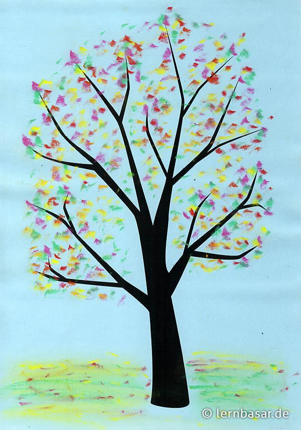 bunter herbstbaum  kreidezeichnung  startpunkt de